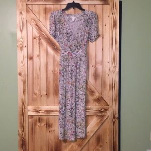 H&M midi floral dress US size 6 would fit s/m